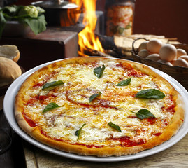 pizza calabrese con nduja e provola